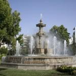 Granada, grad u podnožju Sierra Nevade