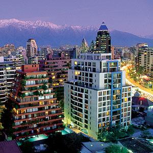 Santiago, turističko središte i prometno čvorište