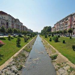 Tirana – prijestolnica vedrih boja