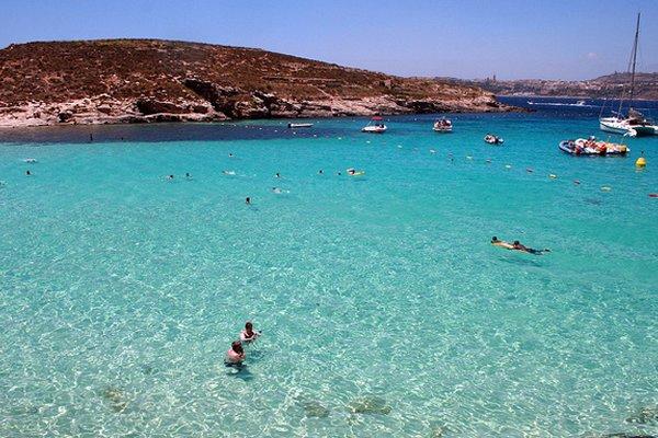 Comino, otok s četiri stanovnika