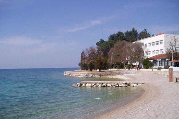 plaža ispred hotela