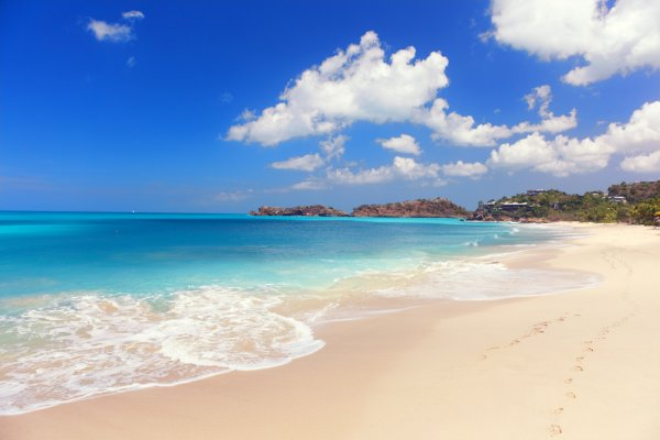 Antigua ili drevni otok
